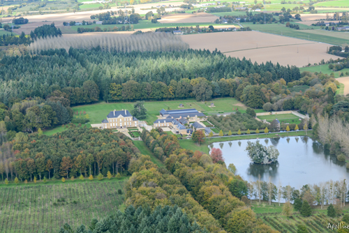 chateau-de-monbouan